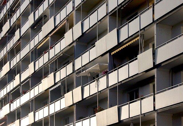 balkony paneláku