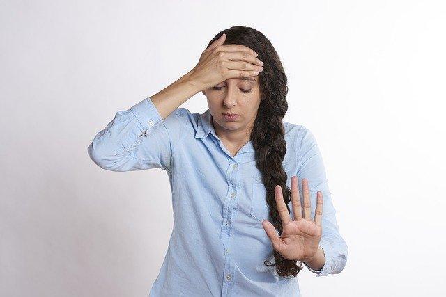 rozrušená žena.jpg