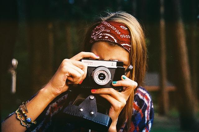 žena fotografka